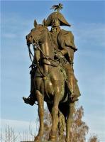 Памятник фельдмаршалу Барклаю-де-Толли.jpg