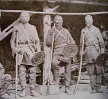 Khevsur_warriors_wearing_their_traditional_armor.jpg