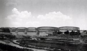Железнодорожный мост через р.Обь Новониколаевск (Новосибирск).jpg